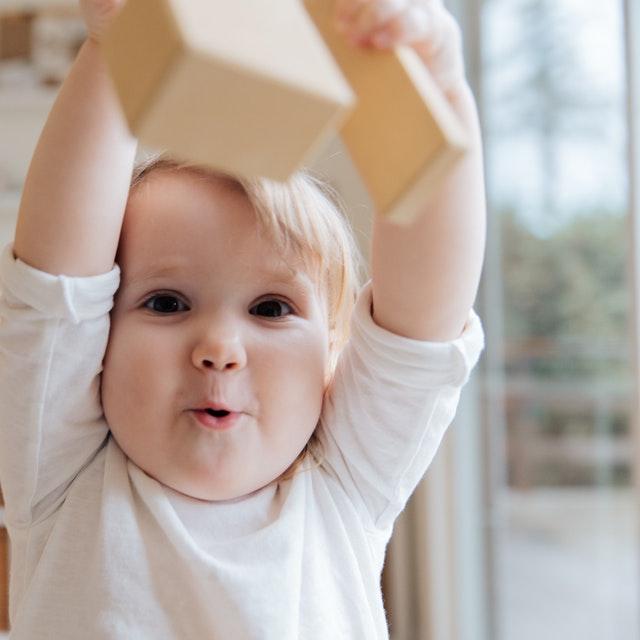 Ideias para decorar quarto de bebê gastando pouco