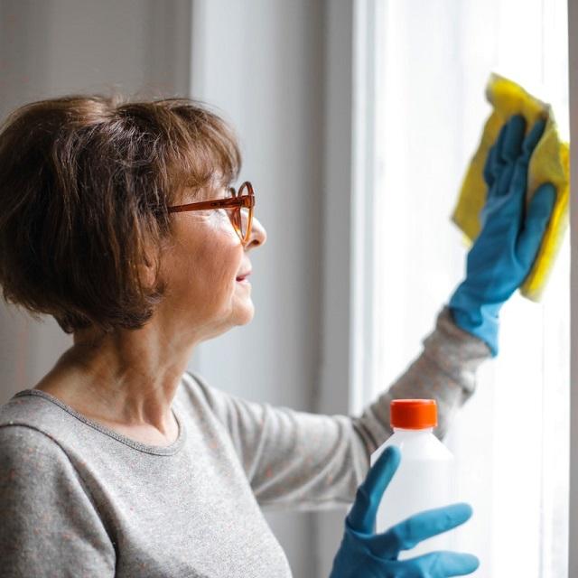 Como limpar janela de alumínio